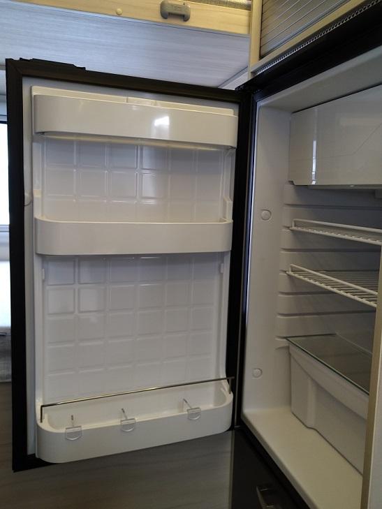 冷蔵庫 VITRIFRIGO 85ℓ